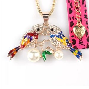 """Jewelry - Pearl & Crystal """"Bird's in Love"""" Necklace"""